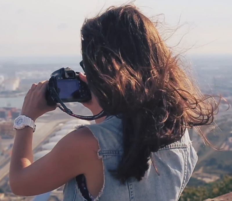 'धरती' सीख रही हैं फोटोग्राफी