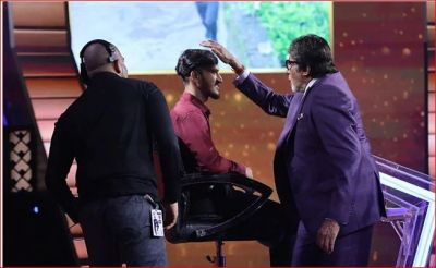 That's why Big B combed the hairs of contestant Nitin Kumar with his hands
