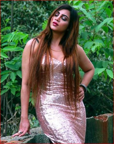 Arshi Khan to do an item number in this Bollywood film; is very excited!