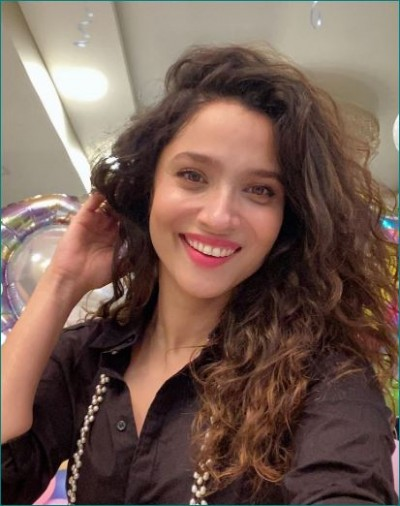 Ankita Lokhande's lipsyncing video goes viral, Watch here