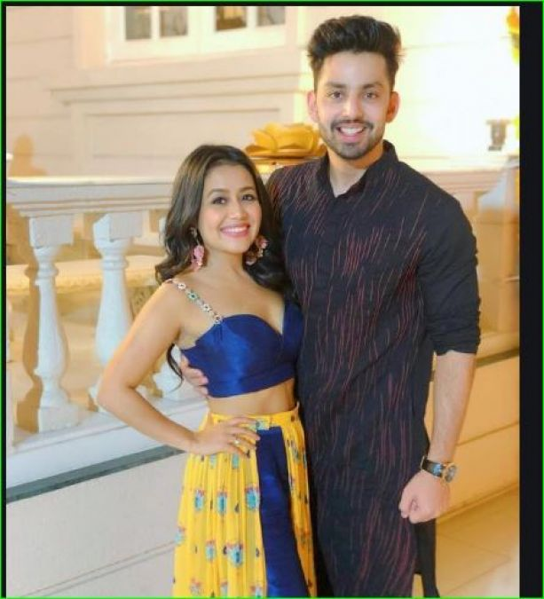 Omg Neha Kakkar Is Getting Married The Singer Announced By Sharing Video News Track Live Newstrack English 1