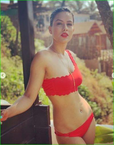 Naagin 4 fame Nia Sharma flaunts her sexy figure in red bikini