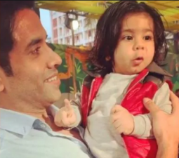 This cute video of Ekta Kapoor's son went viral, spotted with 'Mama' Tusshar