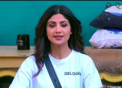 BB13: Asim, Mahira gets emotional in front of Shilpa, actress teaches yoga