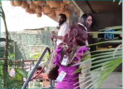 Video: Naagin actress spotted wearing dress with price tag on it