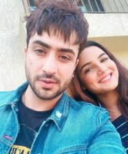 This video of Jasmin Bhasin and Aly Goni rocks Internet, Watch here