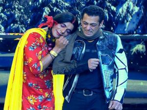 Bigg Boss13: Vishal Aditya Singh becomes Gutthi, Asim gives fun reaction