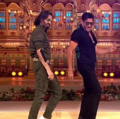 Jackie Shroff and Sunil Shetty rock together on Jhanjharia, watch Madhuri's reaction