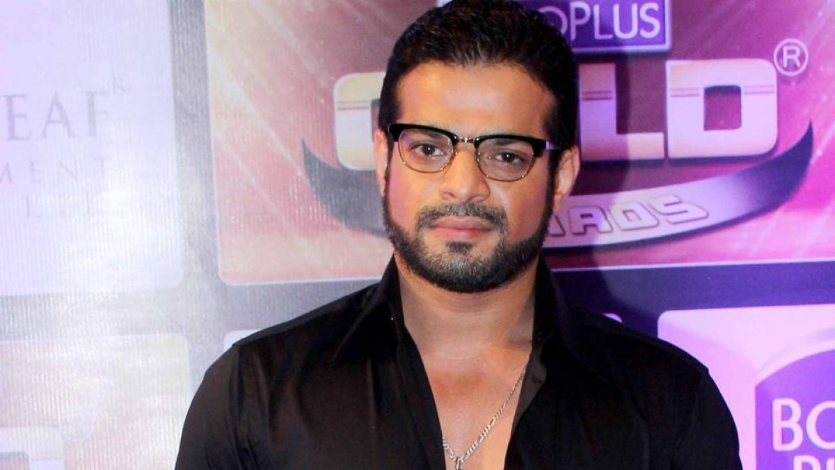 'Karan Patel' rushed to save this TV actress from the flood!