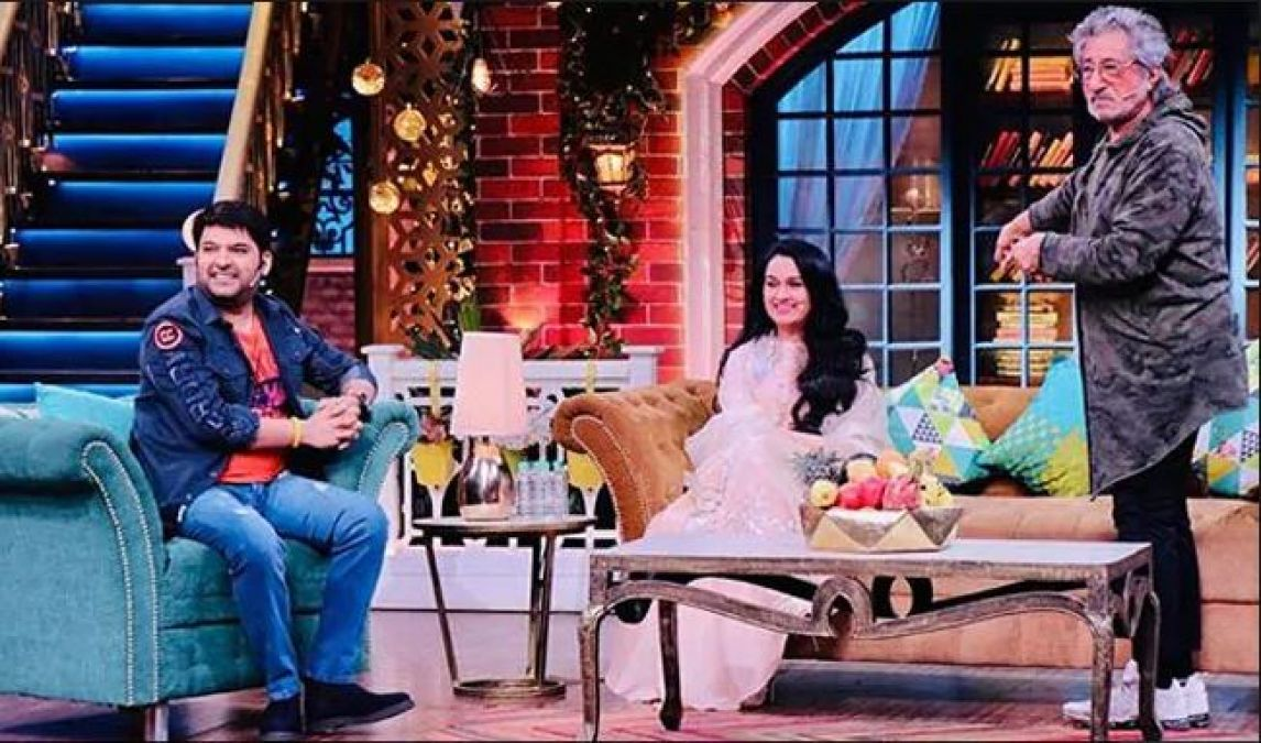 Shakti Kapoor Opens Many Secrets On Kapil Sharma's Show, couldn't stop his laughter!