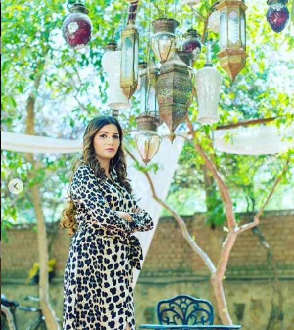 Sexy and bold Sapna Chaudhary is seen in a new avatar