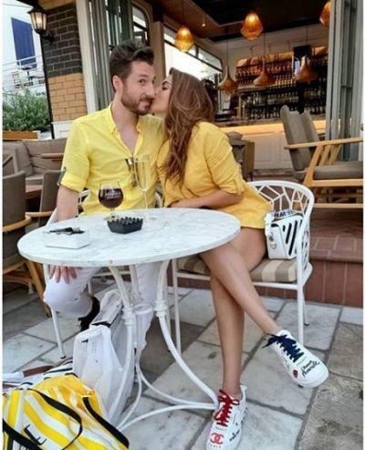 सरेआम बॉयफ्रेंड को किस करती नजर आईं शमा सिकंदर