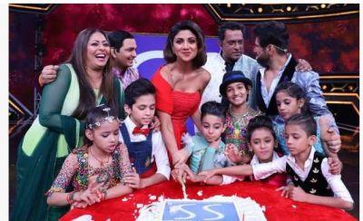 Shilpa Shetty's pre-birthday celebration on the sets of Super Dancer