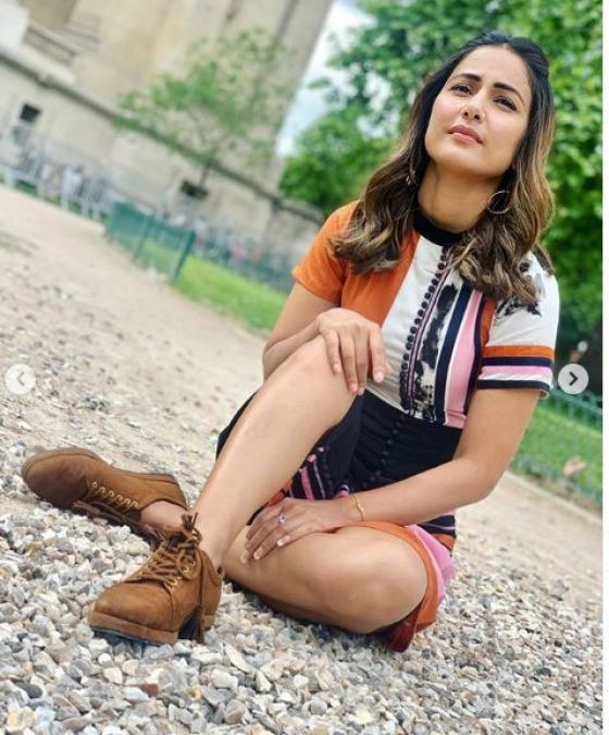 Hina Khan is winning hearts in her latest photo, check it out here