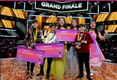 Nagpur's Sugandha Datey takes away the winner trophy of Sa Re Ga Ma Pa Little Champs