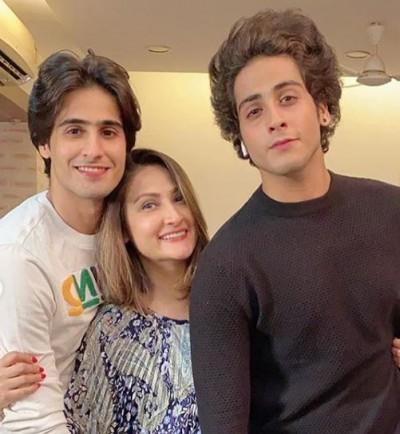Urvashi Dholakia celebrats birthday of her twin sons