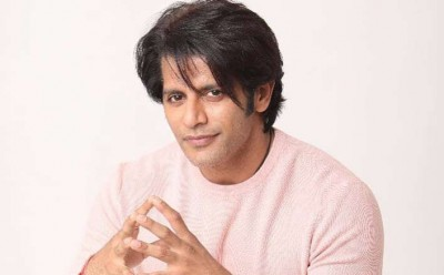 Karanvir Bohra shares a picture on Father's Day, what's so special