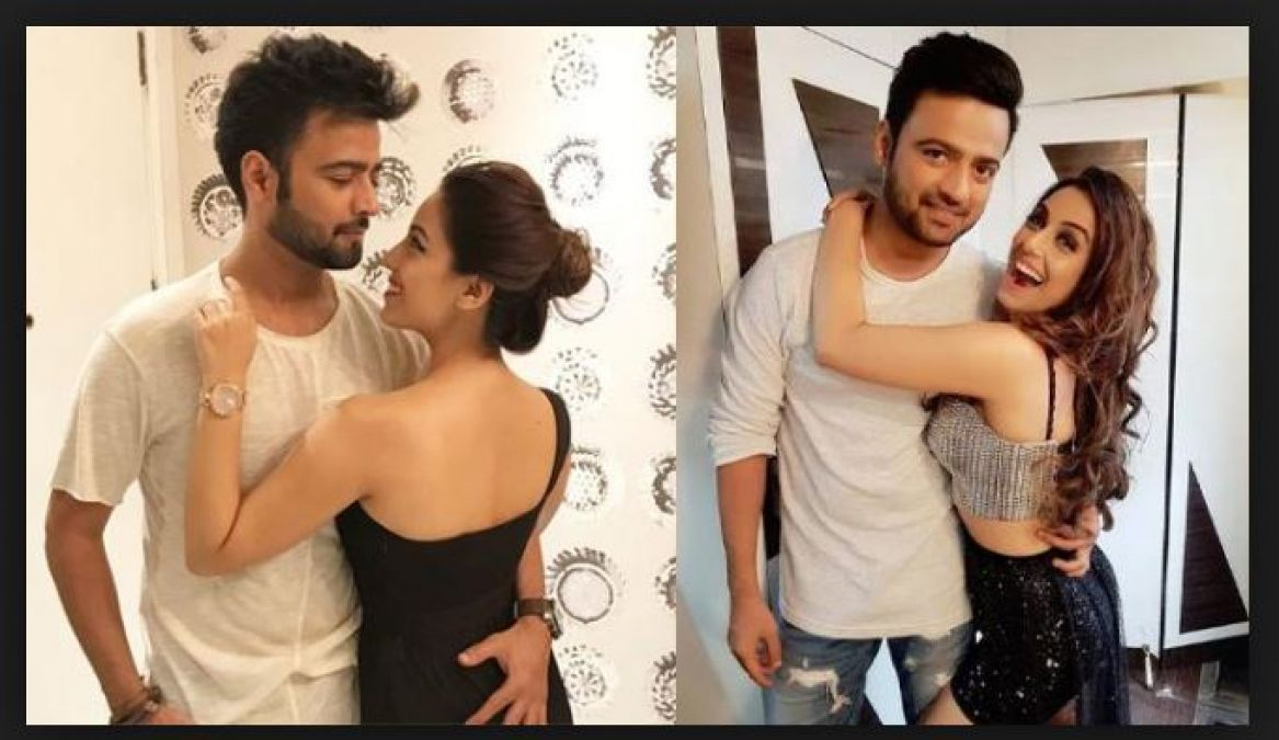 Manish Naggdev is doing this to overcome from Breakup!