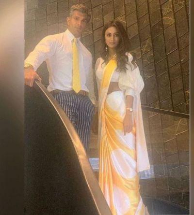 Leaving Anurag, Prerna Shakes Hands with Mr Bajaj, video Getting Viral