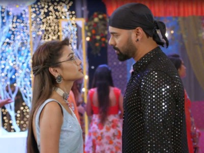 Kumkum Bhagya: Who kept the condition of not playing Holi in front of Prachi