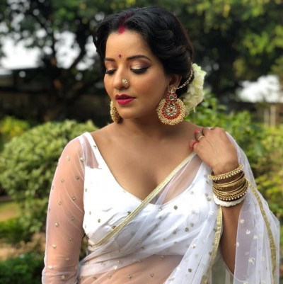 Monalisa looks glamorous in floral dress, Checkout pics