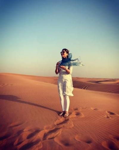 Rubina seen enjoying in desert, pictures surfaced