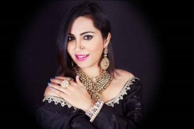 This famous artist will be seen romancing with Arshi Khan