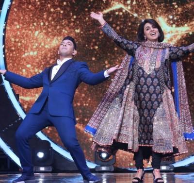 Neetu Kapoor to reach Indian Idol, late Rishi Kapoor's songs hit sets