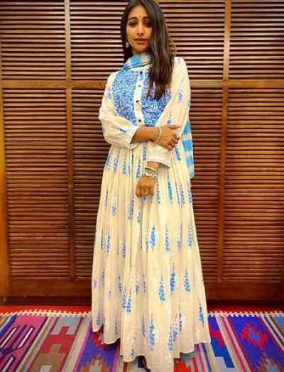Mohena Kumari shared photos wearing her husband's favourite dress