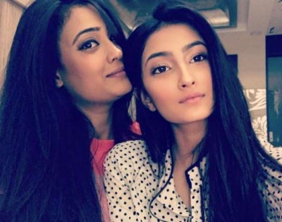 Palak Tiwari opens up on mom Shweta Tiwari's personal life battles