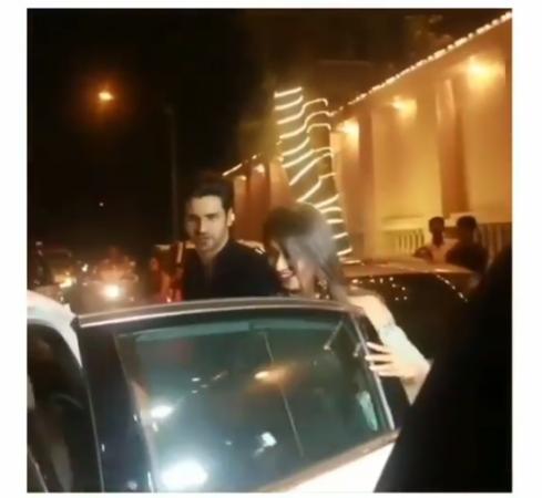 Video: गलती से किसी और की कार में जा बैठी दिव्यांका, गुस्से में लाल पति ने किया यह काम