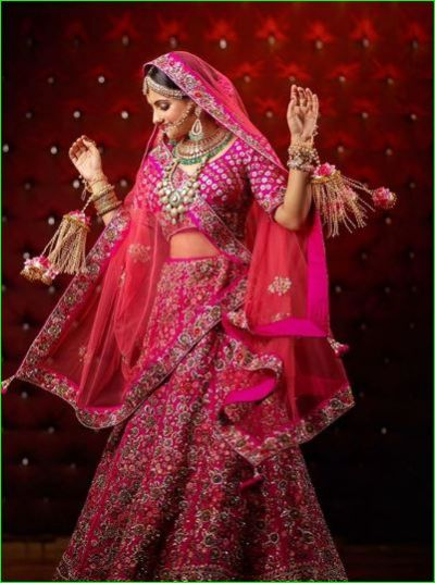 Gopi Bahu wins hearts as a bride in a pink lehenga