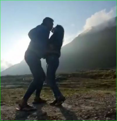 Video of Milind Soman went viral while lip-locking his wife