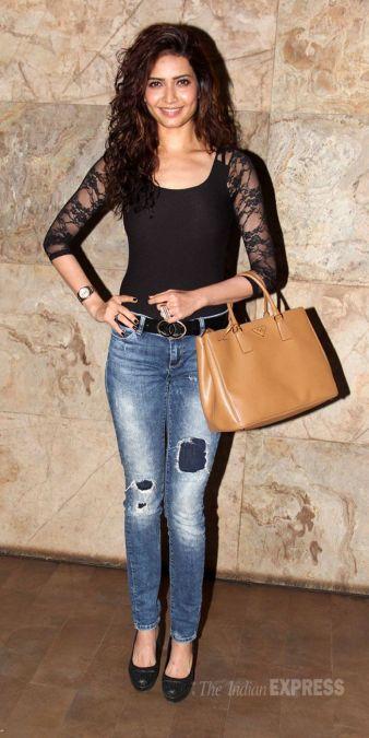 Karishma Tanna's sexy photo caused havoc on social media, fans praised