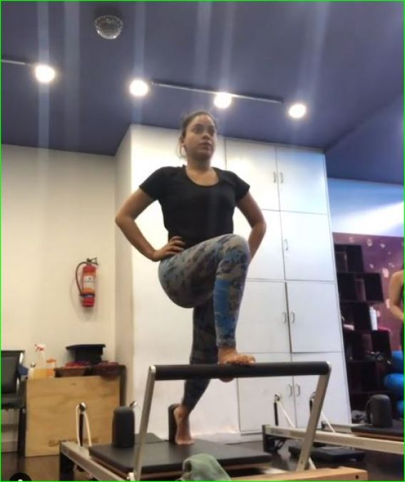 Sumona pays attention not only to her looks but also to her figure, video going viral