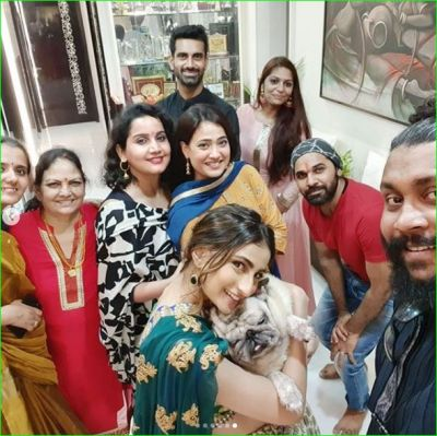 Shweta Tiwari celebrates Diwali with children, husband was not seen