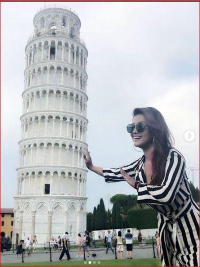इटली में वेकेशन मना रही हैं नागिन अदा खान, शेयर की तस्वीरें