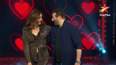 Sunny Deol started dancing with Raveena on the set of Nach Baliye 9, Suddenly son Karan got up and...