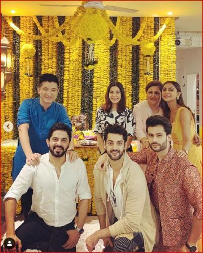 Pooja and Raj celebrates Ganesh Chaturthi amid the reports of a breakup
