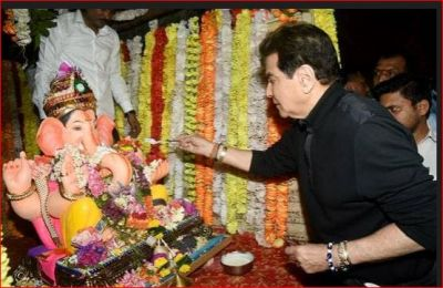 Along with father, Ekta Kapoor did Ganesh immersion