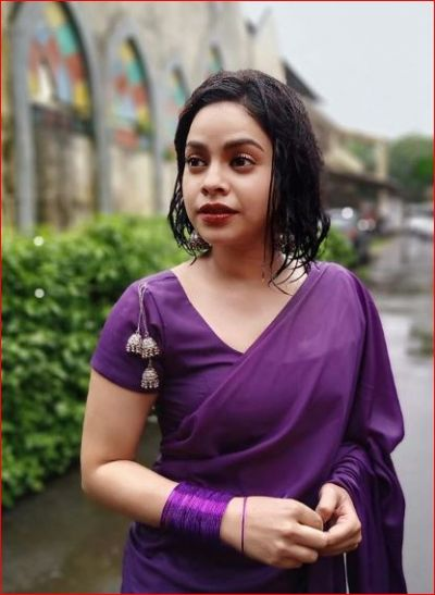 Sumona Chakraborty looks really hot in saree, See pictures
