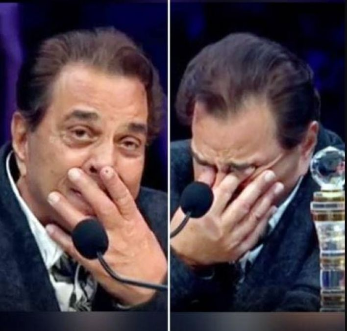 VIDEO: Dharmendra gets emotional on watching this in Super Star Singer
