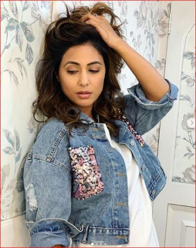 Hina Khan's Denim Jacket look is undeniably hot, See pics