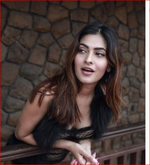 In the latest pictures, Karishma of 'Pavitra Rishta' looks sexy and stunning