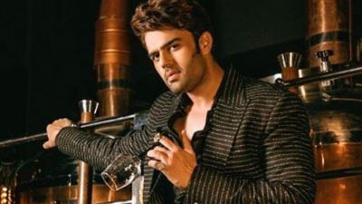 Nach Baliye 9:  Manish Paul becomes a makeup  artist for Raveena Tandon