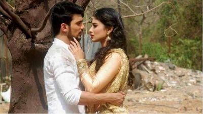 मोहित रैना नहीं इस शादीशुदा एक्टर के प्यार में पागल थीं मौनी रॉय लेकिन...