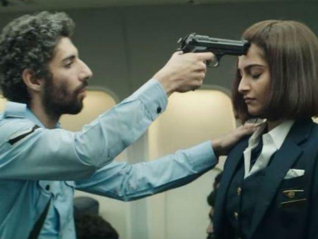 Movie Review : 'नीरजा' नहीं करेगी आपको निराश