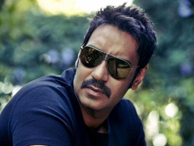 एक्टर नहीं डायरेक्टर बनना चाहते थे अजय देवगन
