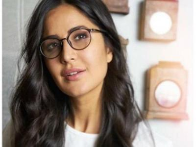 Katrina Kaif's latest pictures from the beach will make you pack your bag