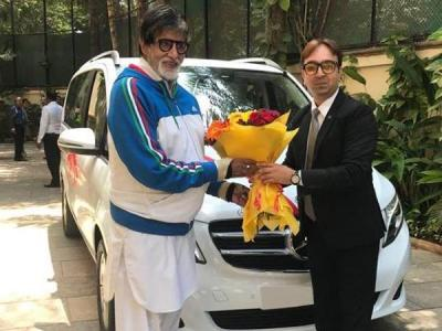Amitabh Bachchan bought swanky Mercedes Benz, costs this much